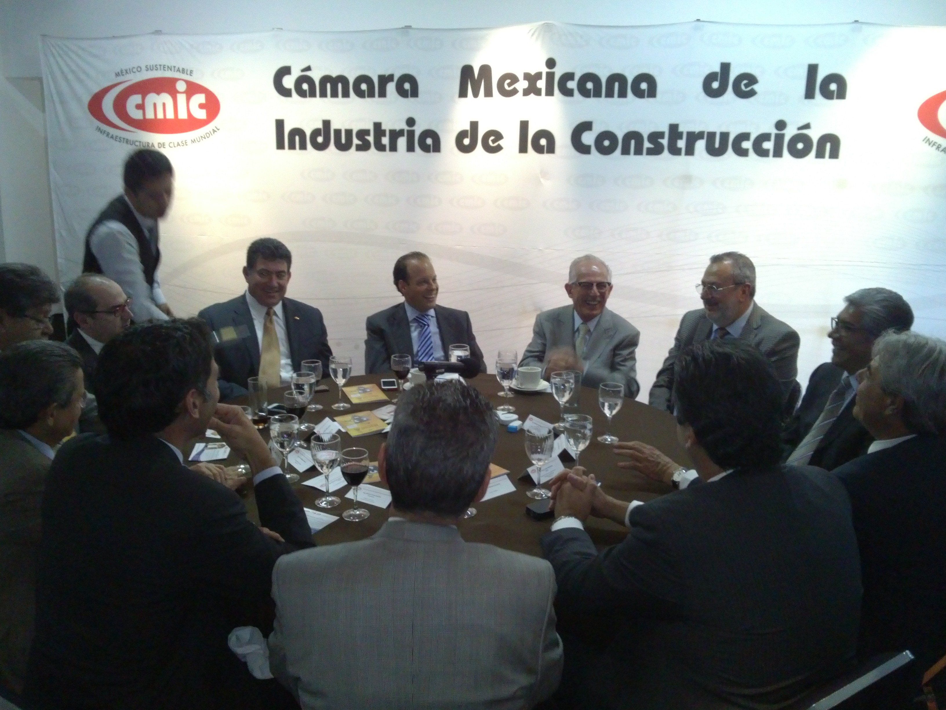 Cmic sector hidr ulico for Ing mesa y lopez